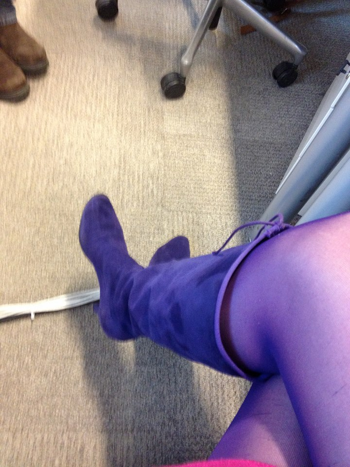 collants violets de mirna