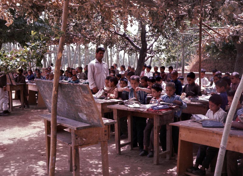 Afghanistan 7 - cours dehors