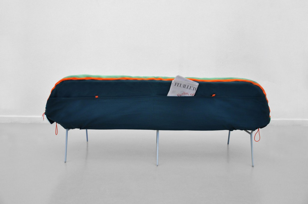 Strange Do You Fall Asleep In Front Of The Tv The Camp Daybed Could Alphanode Cool Chair Designs And Ideas Alphanodeonline